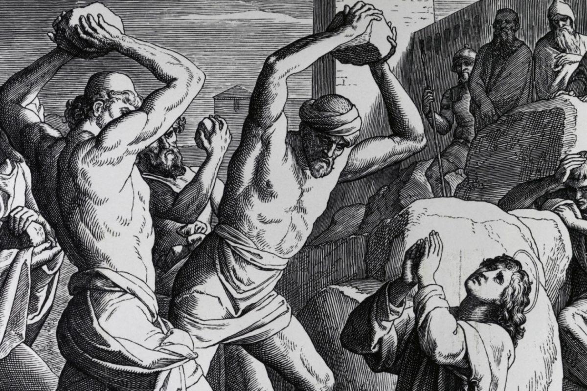 Gdy patrzę na cierpienie chrześcijan – (Mt 10,17-22)
