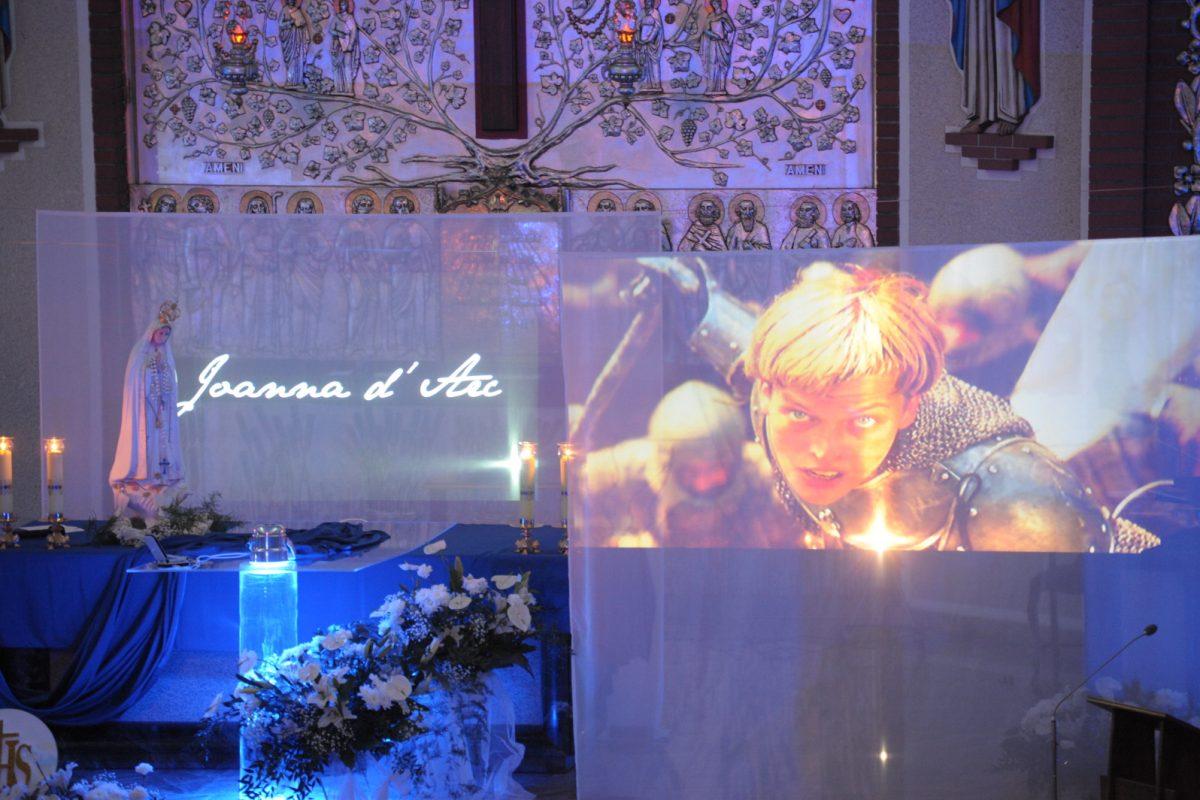 Ludzie Boga – JOANNA D'ARC – DeNews – maj 2017