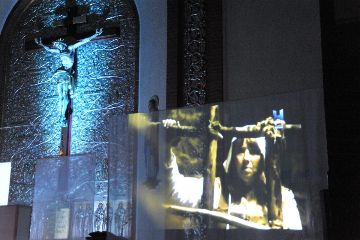 POTĘGA PRAWDY – Czy Kościół palił ludzi na stosie? Inkwizycja – Grudzień 2017