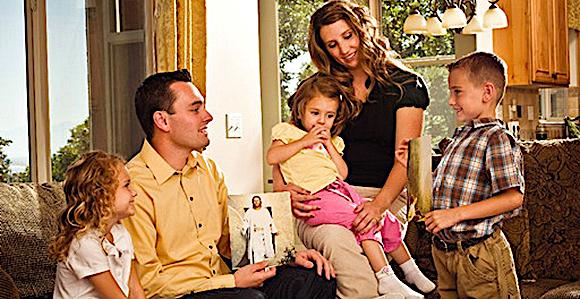 Tworzyć rodzinę – (Mk 3, 31-35)