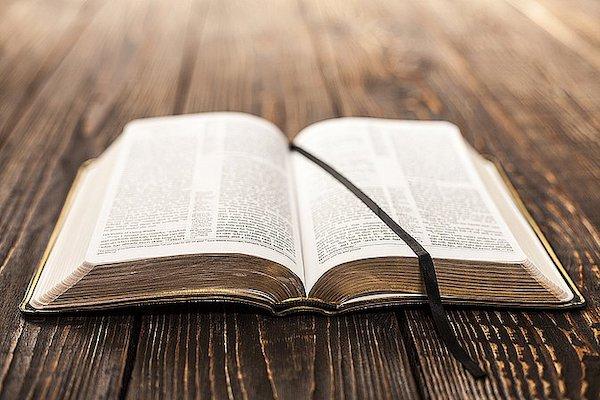 Ewangelia nie z tego świata – (Mt 5,27-32)