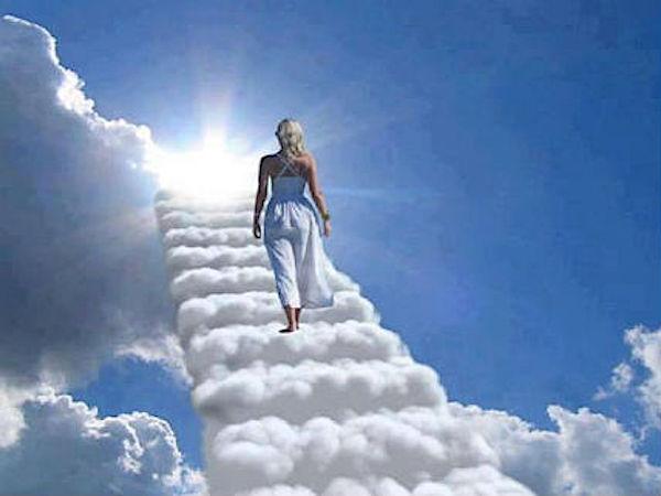 Kto z nieba pochodzi