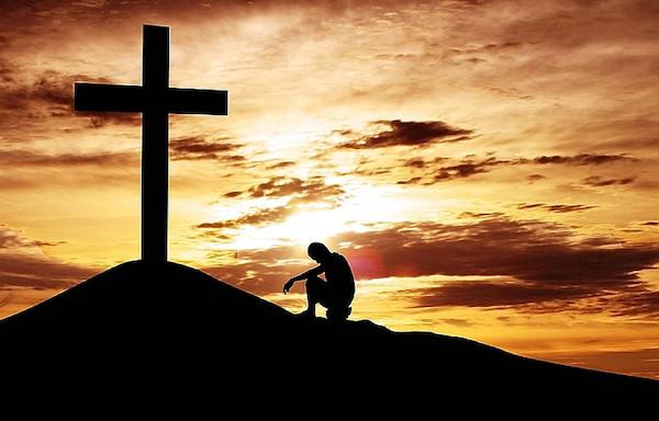 Z krzyżem i pod krzyżem